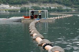 Montering av sjøledning i Årdalsvannet