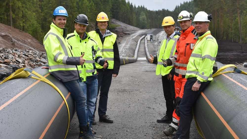 Sverre Tragethon fra Halingplast sammen med utbyggere i Borås, Sverige