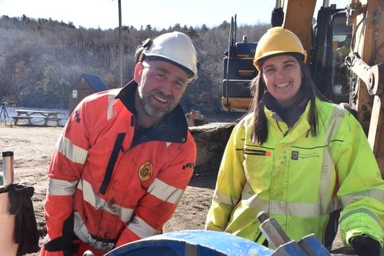Steffi Silvia Kiedaisch fra Kristiansand kommune og Morten Hadland i entreprenørselskapet Bertelsen & Garpestad AS